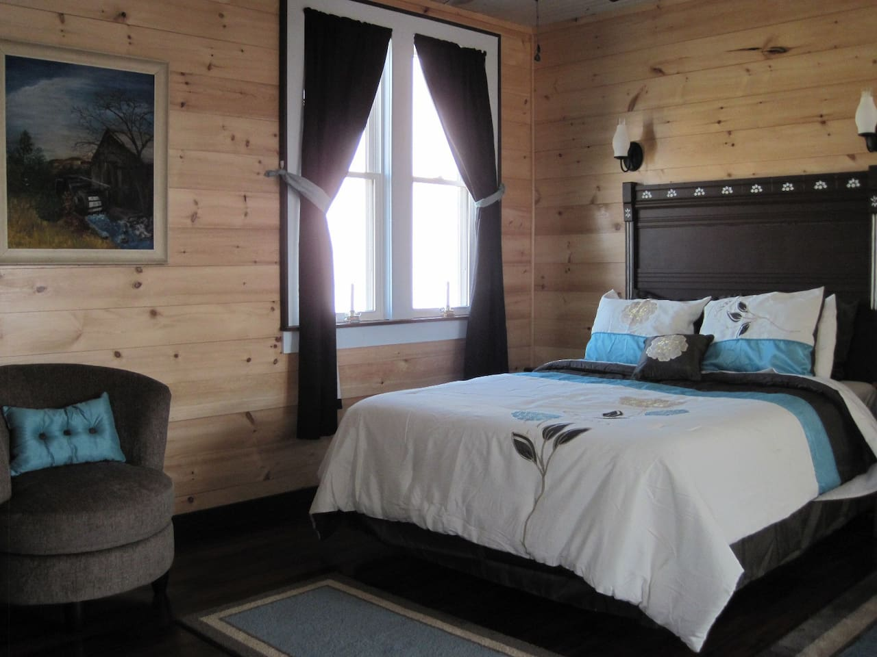 Open master suite with full surround views.