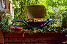 Your own BBQ on the front porch