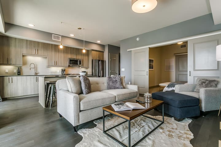 Stunning 1BR/1BA in Uptown Dallas