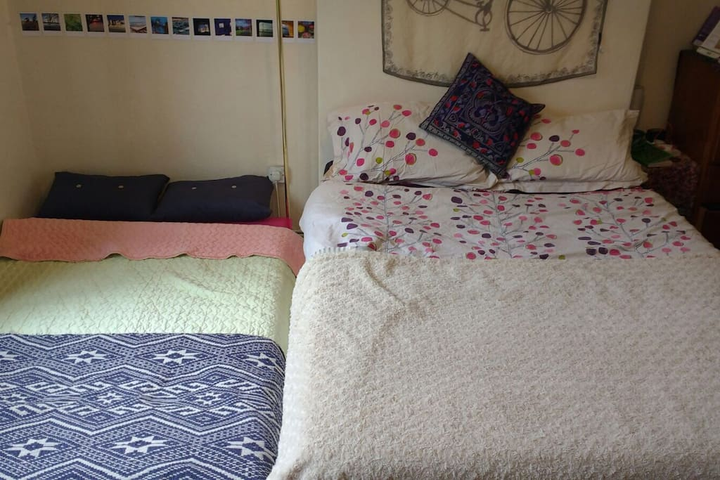 Both beds made cosy and comfortable with good quality sheets and cosy blankets.