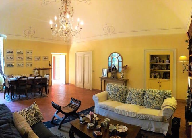 Palazzo Cortesini