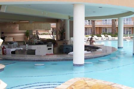 New Years Eve in Aruba Phoenix Beach Resort - Oranjestad-West