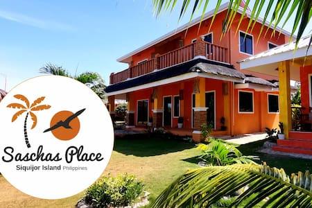 Saschas Place Beach House