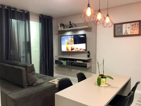Apartment with garage, near IMED and downtown.