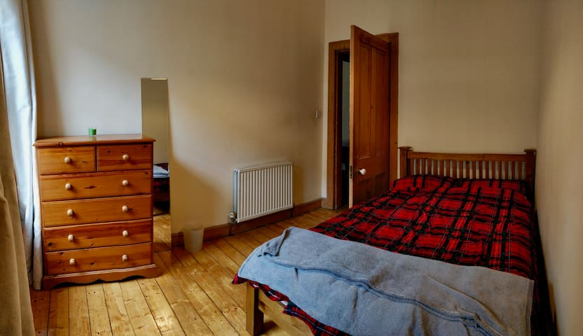 Cosy Central Double Room