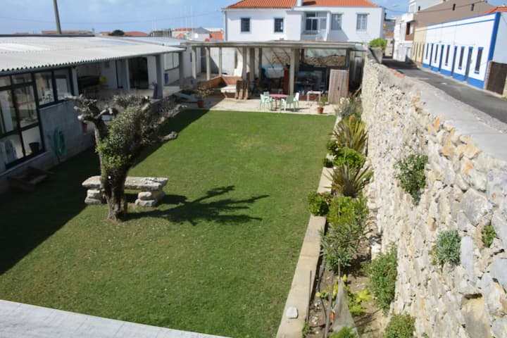 super beachhouse with large garden 30 m. from sea