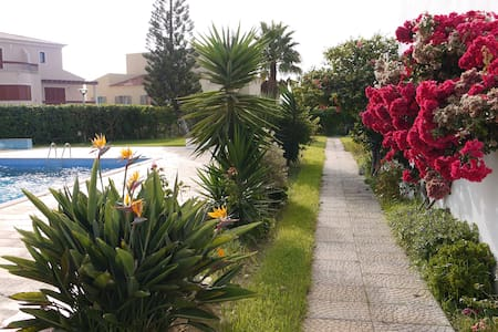 Ocean view, pool and beach within walking distance - Sagres - Lejlighed