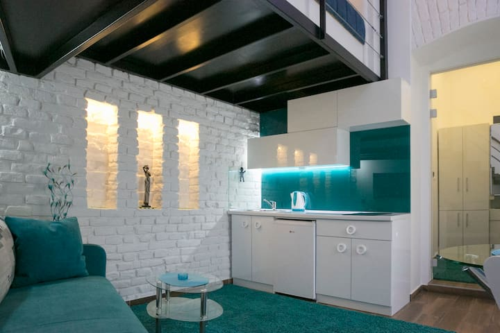 Design Studio / City Center *New - Beograd - Apartment