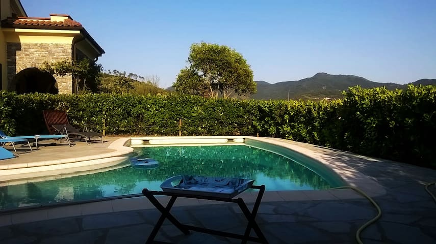 Villa Margot close to Alassio (009030-LT-0015)