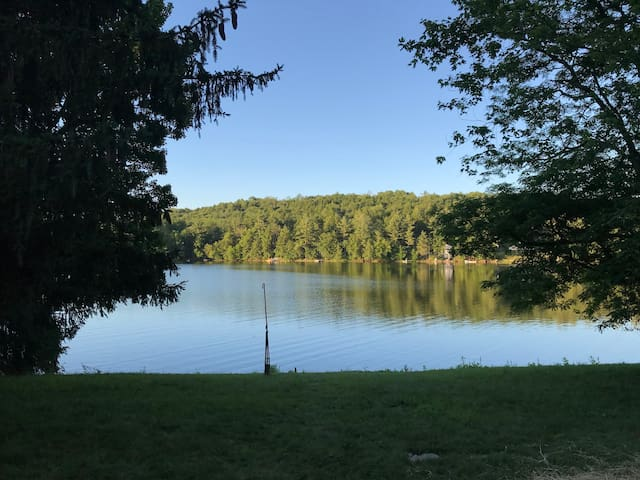 Exclusive 3BR House on Beautiful Tingley Lake