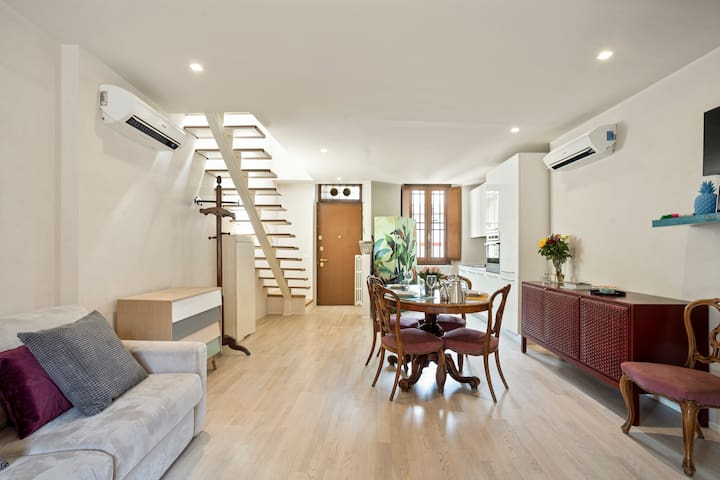 Stylish downtown Apartment on BRERA Rooftops