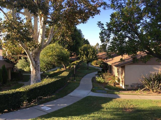 干净整洁的花园洋房 - Hacienda Heights - Townhouse
