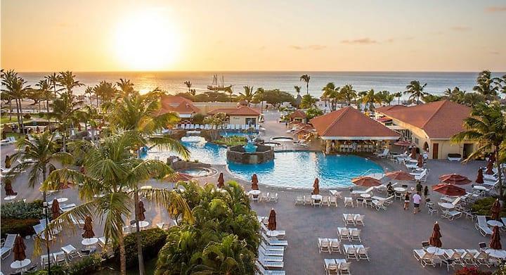 La Cabana Beach Resort- 1 bedroom sleeps 4