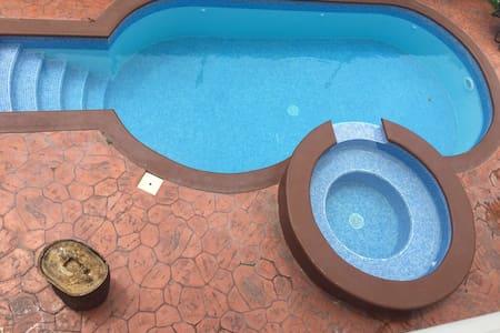 Beautiful &Cozy home with pool - San Pedro Sula