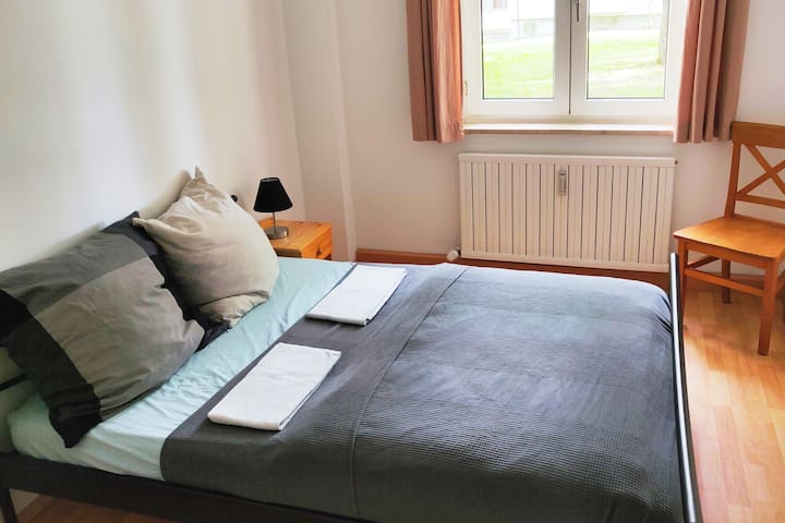 Comfy guestroom in München-Moosach