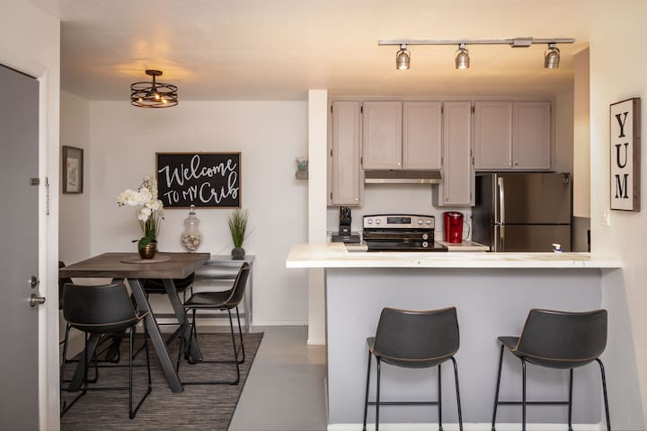 Hip Condo near Old Town Scottsdale and ASU!