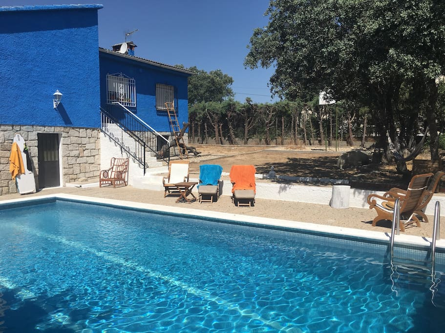 Habitaci n con piscina a 30m madrid casas en alquiler en for Alquiler verano sierra madrid piscina