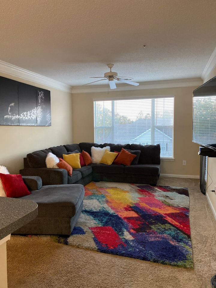 Beautiful clean apartment for your enjoyment!
