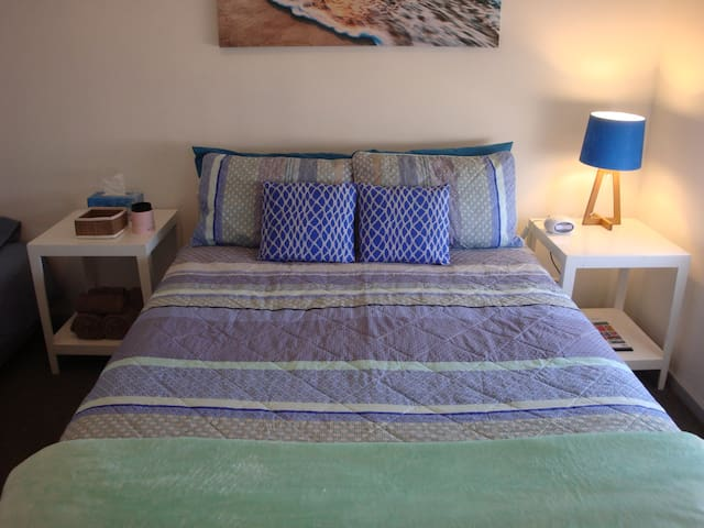 Big Blue Beach House - Kalbarri