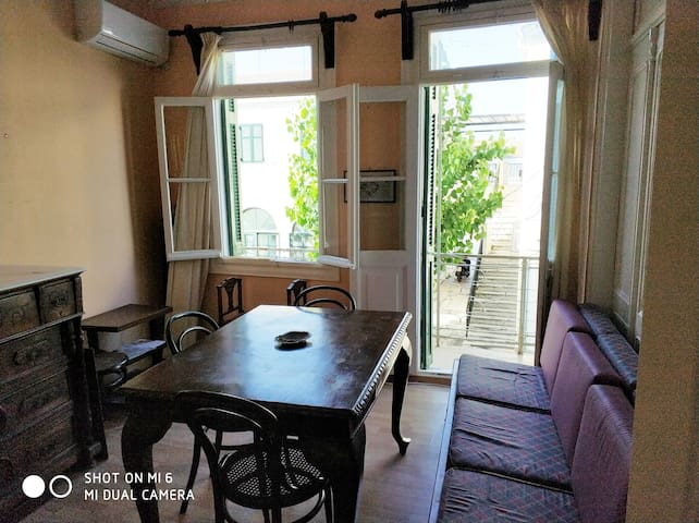 In Lefkada center traditional cozy house