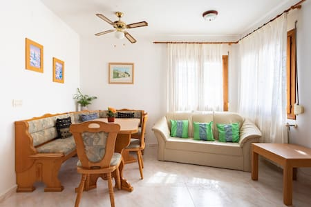 2 Bedroom Apartment- Nr Moraira/Javea with pool