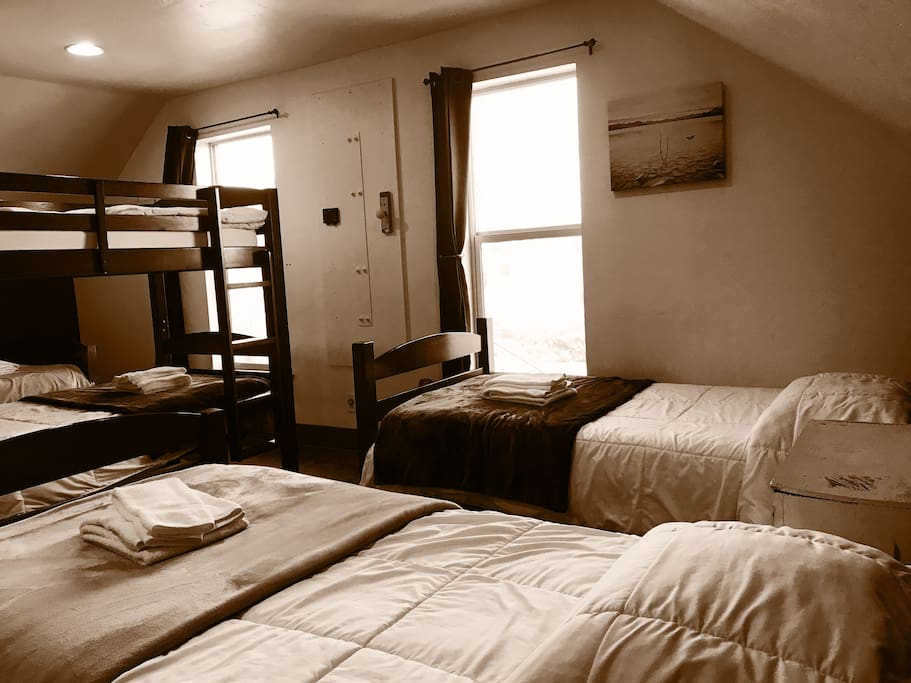 7-Bed dorm room; 2 beds are not shown in the picture. (Upstairs)