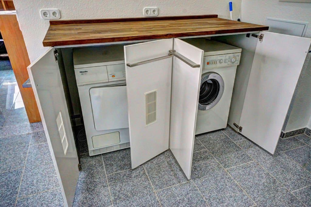 Washer & Dryer/ Waschmaschine & Trockner