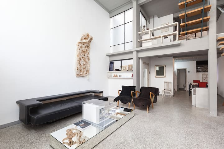 Listed Modern building w/t terrace - Athina - Dom