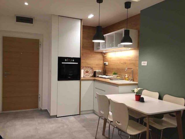 Corona apartment 2