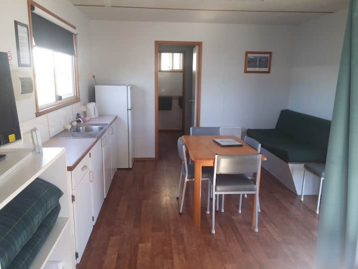 Economy Cabin Fully self contained