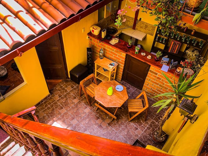 T'tikay Wasi - Cusco House Rooms for 2-8 People