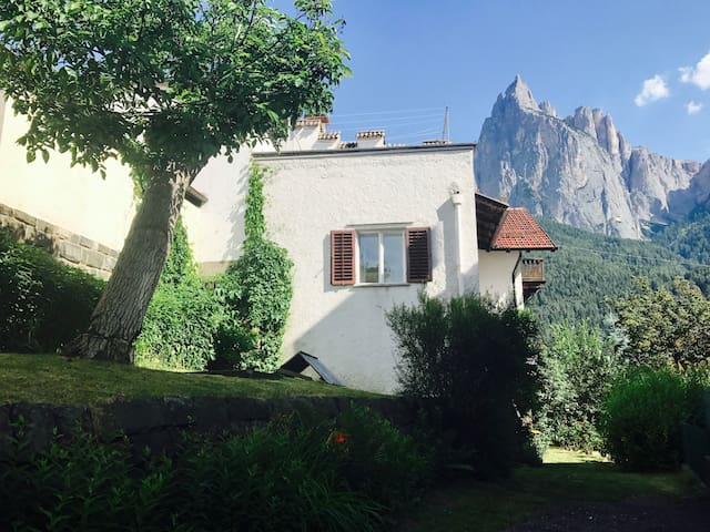 Charming villa in the center of Siusi - Dolomites