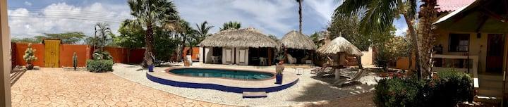 Villa Punta Salina: Arubian House 1