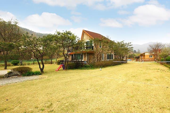 가평이한별장(E-Han Villa) - Oeseo-myeon, Gapyeong-gun - บ้าน