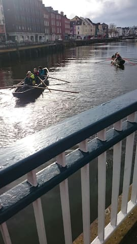 Rowing on the River Lee