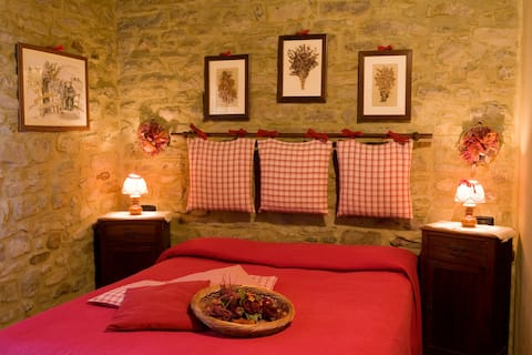 Renovated Borgo in the Apennines