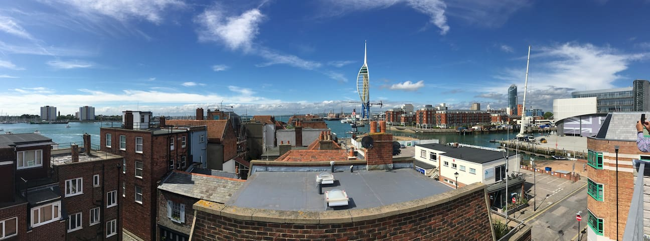 Sunny roof terrace in the heart of Old Portsmouth - Portsmouth - Dům