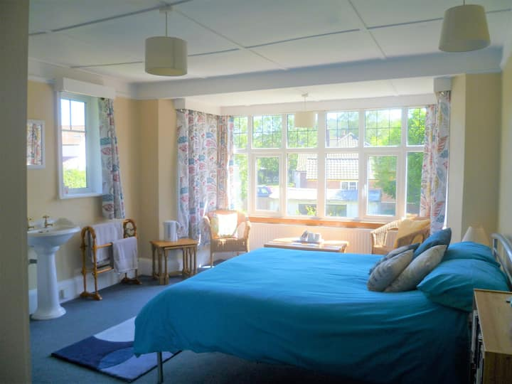 Sunny spacious double room in Sheringham Norfolk