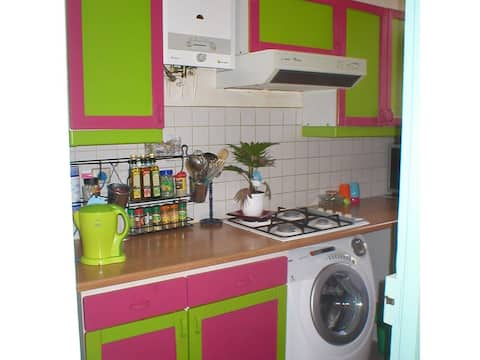 Spacious apartment in central location Phung Tuan