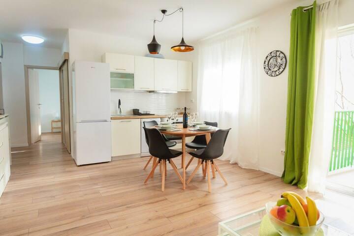 Green Corner Apartman***