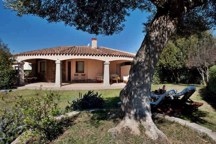 Pregiata Villa a Rei Sole - Costa Rei - วิลล่า