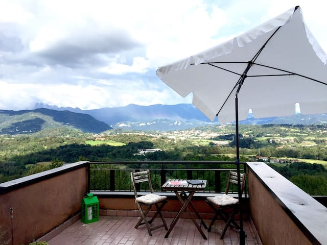 Relax and enjoy yourself at the foot of the Alps!