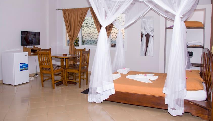 Studio confort avec vue mer - Madirokely