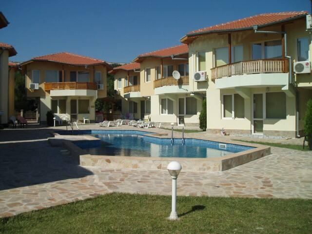 """Villa """"Melody"""" - minutes walking to beach"""