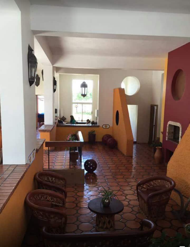 Habitación acogedora en Colibrí SPA