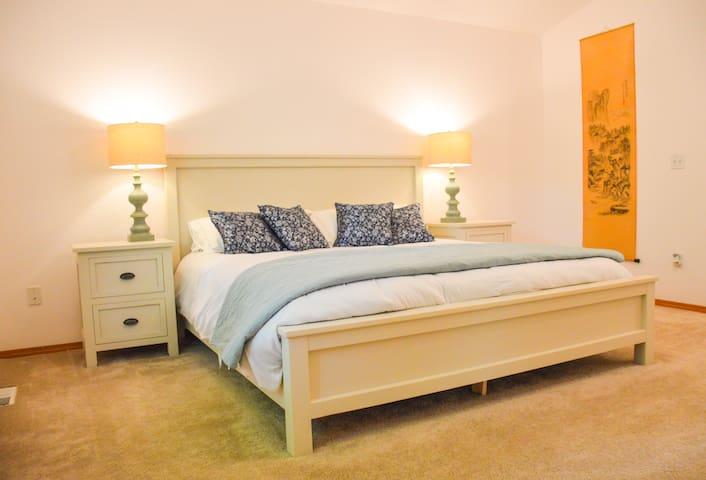 Alderwood Retreat -  Quiet, tranquil & convenient