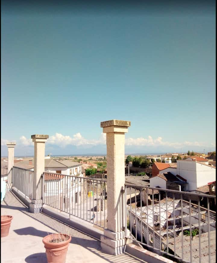 Apartment with 2 bedrooms in Lagartera, with wonderful mountain view and terrace