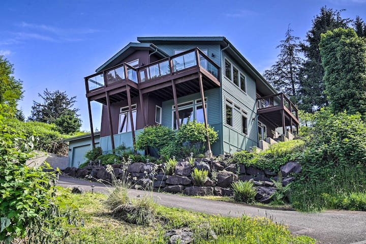 NEW! Deluxe Coastal Haven w/ Beautiful Bay Views!