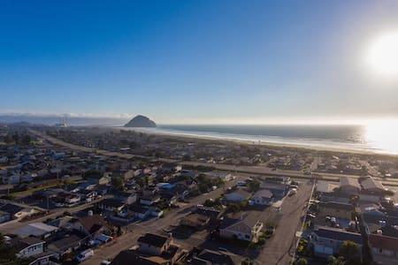 Ocean and Rock Views - Morro Bay - Morro Bay