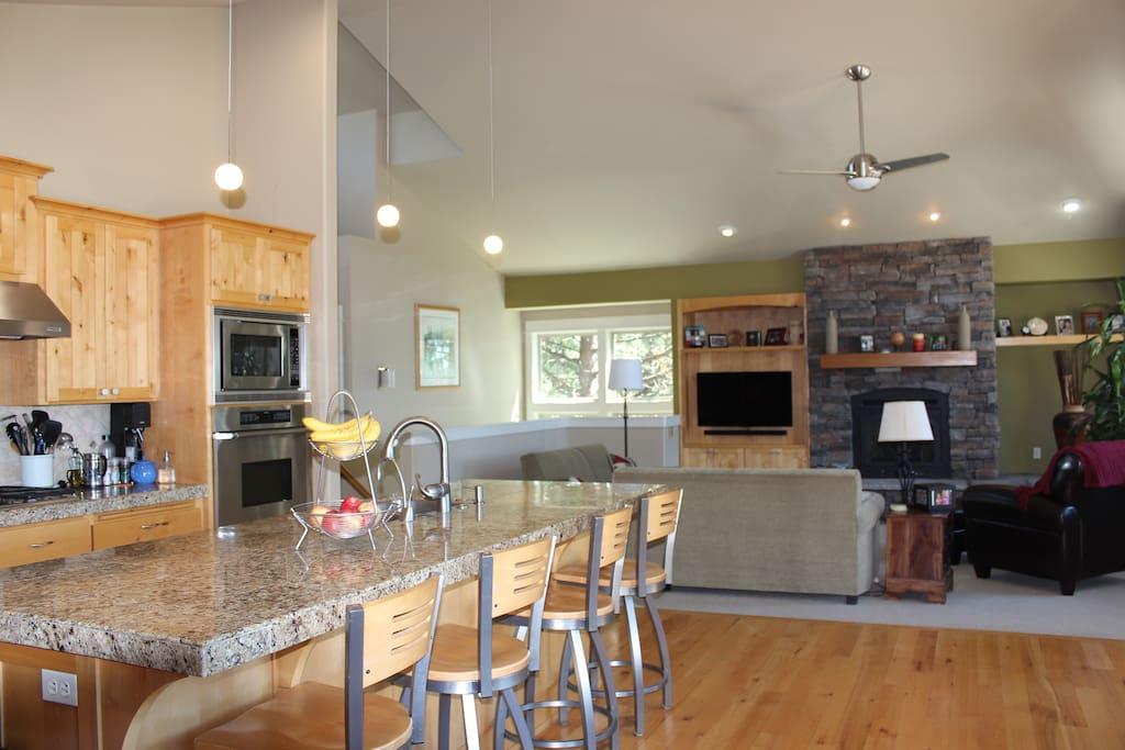large open gourmet kitchen
